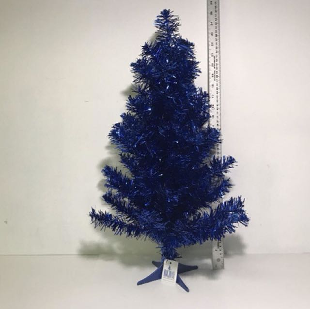HOLIDAY MEMORIES 2FT TINSEL TREE JOLLY HOLIDAY (BLUE)