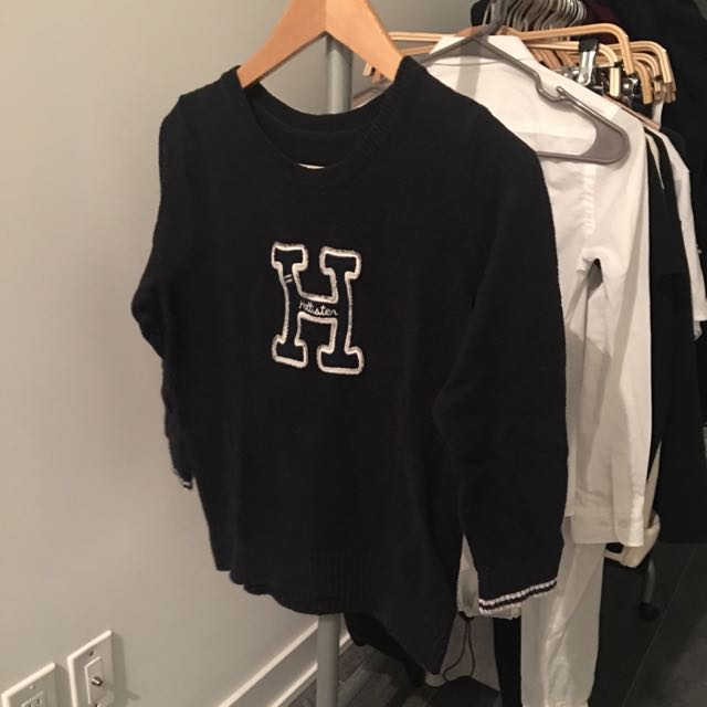 HOLLISTER varsity sweater size large - fits small/medium