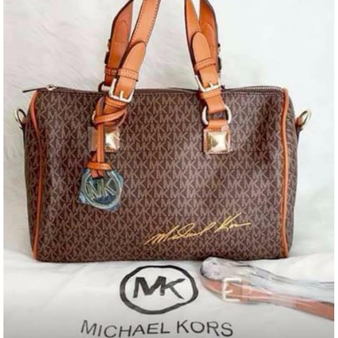 MICHAEL KORS DOCTOR'S BAG