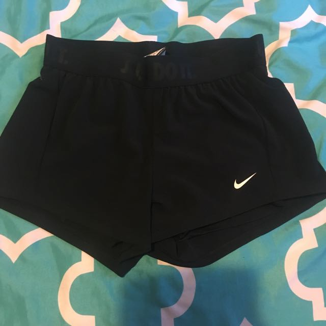 Nike 2 in 1 circuit shorts