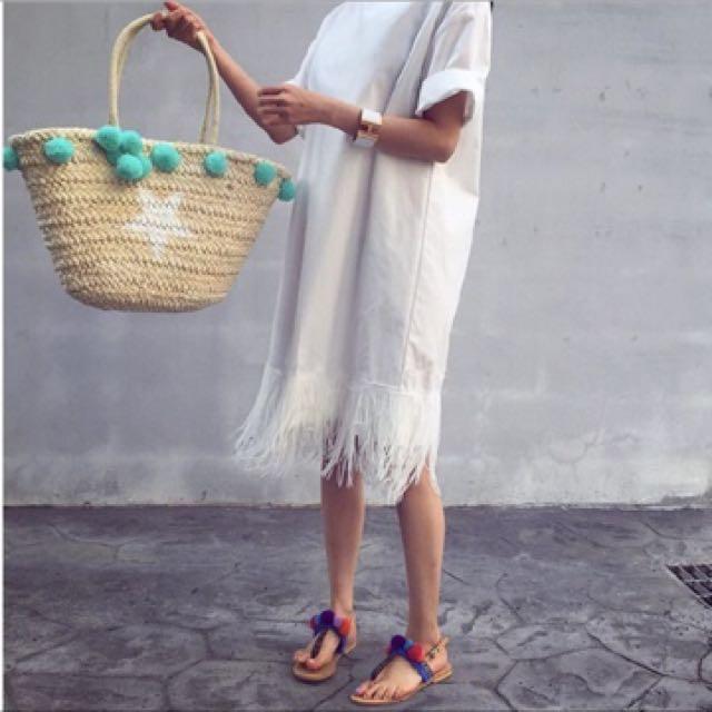 Pom pom ball straw rattan handbag