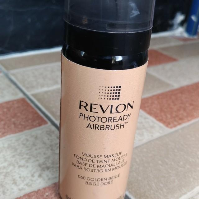 Revlon Photoready AirBrush shade Golden Beige