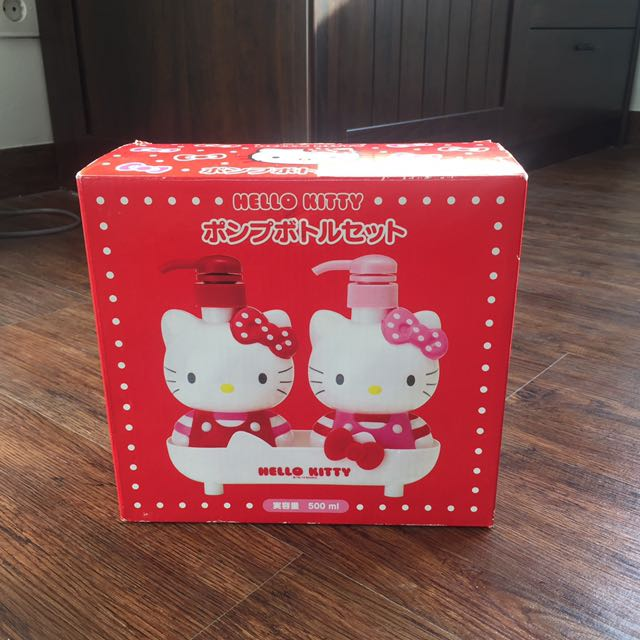 Sanrio Original Hello Kitty Soap Bottle
