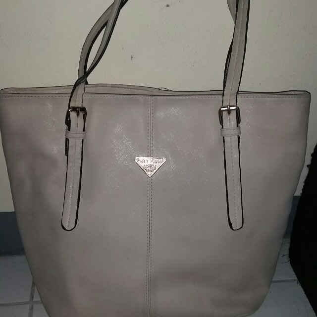 Secosana White Bag