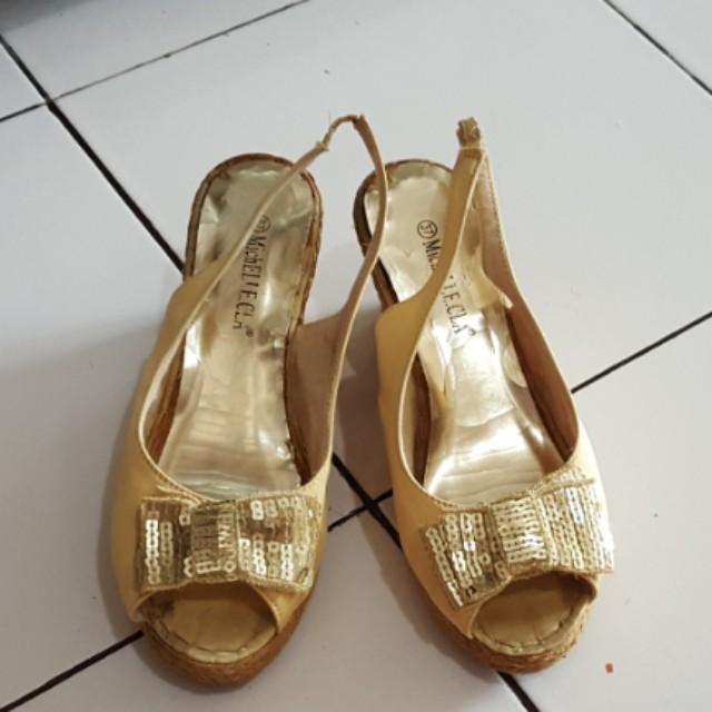 Sepatu michelcla