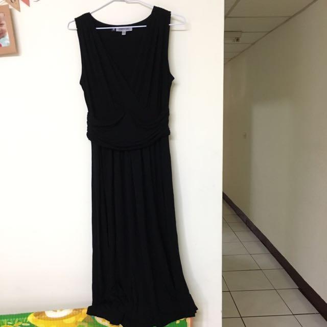 無袖深v領洋裝