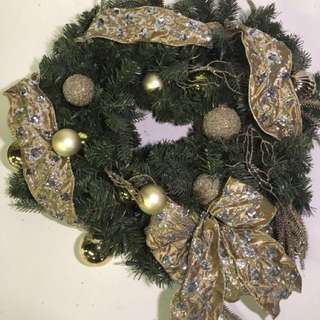 32 in. LED Pre-Lit Manhattan Christmas Wreath with Battery-Operated Lights