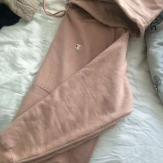 Reverse weave dusty rose champion hoodie
