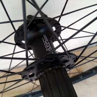 Professional wheel builder