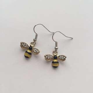 BEE RHINESTONE EARRINGS