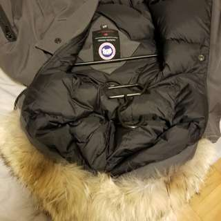 Canada Goose Chilliwack Bomber - Graphite, Youth Size Small