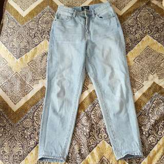 Bardot High Wasted Jeans