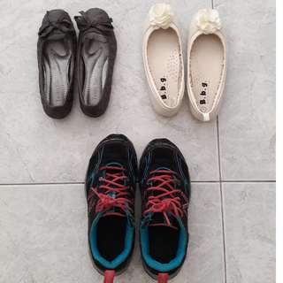 Used and brand new Girl's shoes