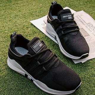韓版評價休閒鞋黑色39號