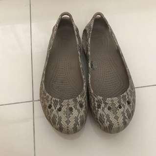Crocs Women Slip on/ Flats