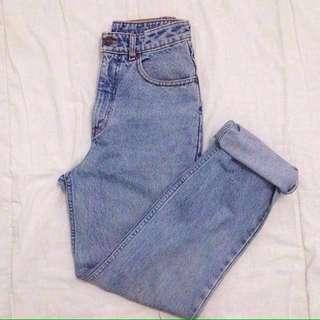 Edwin Mom Jeans