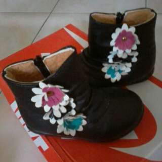 Baby girl boot(size 23)