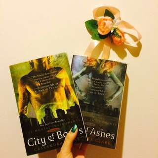 CITY OF BONES & ASHES by Cassandra Clare