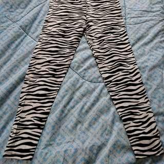 Leggings animal printed