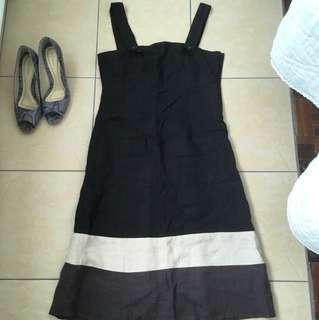 Linen dress side zip size S