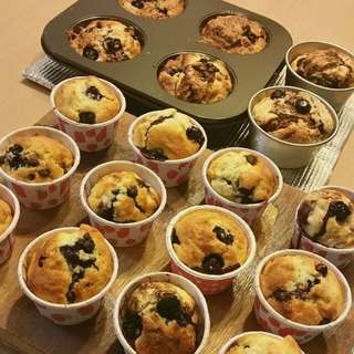 Muffin with blueberry & choco chips, mini, 藍莓朱古力粒粒鬆餅