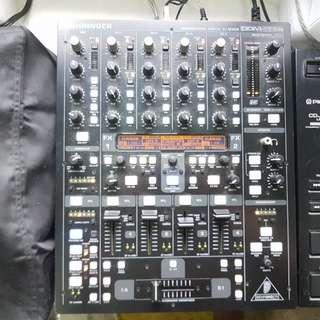 Behringer DDM4000 5-channel mixer