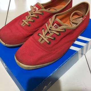 Keds紅色懶人鞋