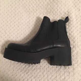 London Rebel Chatty Platform Boots
