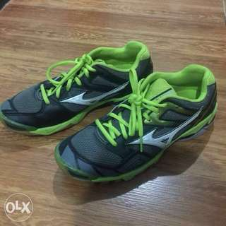 Badminton shoes US7.5