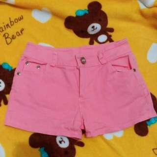 螢光粉紅短褲