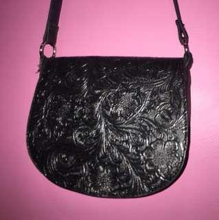 Sportsgirl sling shoulder bag black vintage
