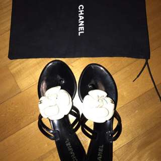 CHANEL Camellia Flower Jelly Sandals