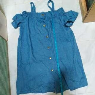 藍色露肩連身裙