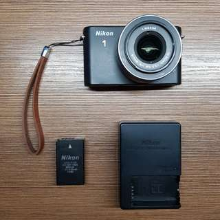 Nikon 1 J1 Mirrorless Camera System (Full HD)