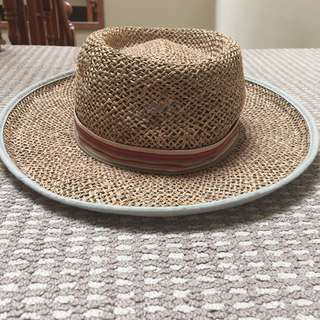 Straw hat - Columbia brand