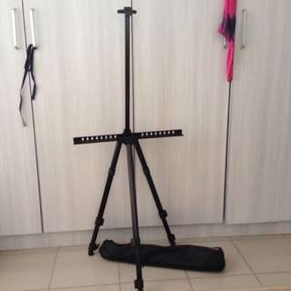Portable & Folding Art Easel Tripod Stand with adjustable height in black