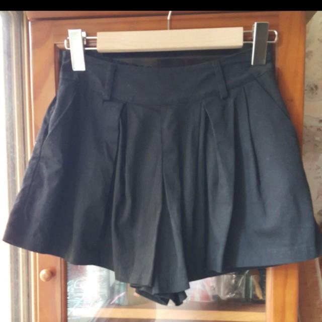 黑色韓版裙子 穿起來真的很好看 便宜出清