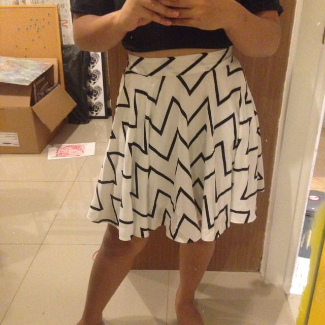 A Line Zig Zag Skirt - Rok