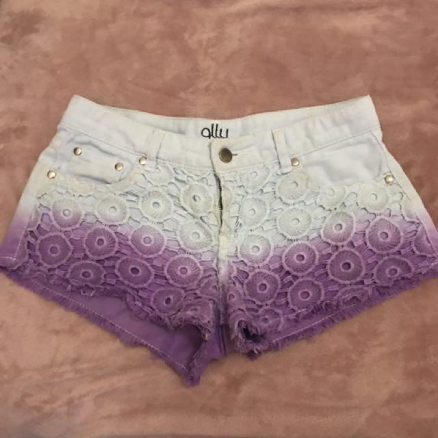 Ally shorts size 8