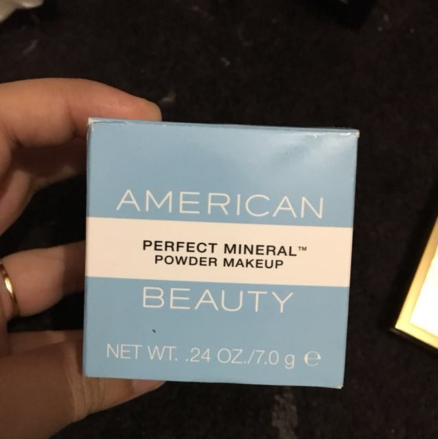 American beauty loose powder