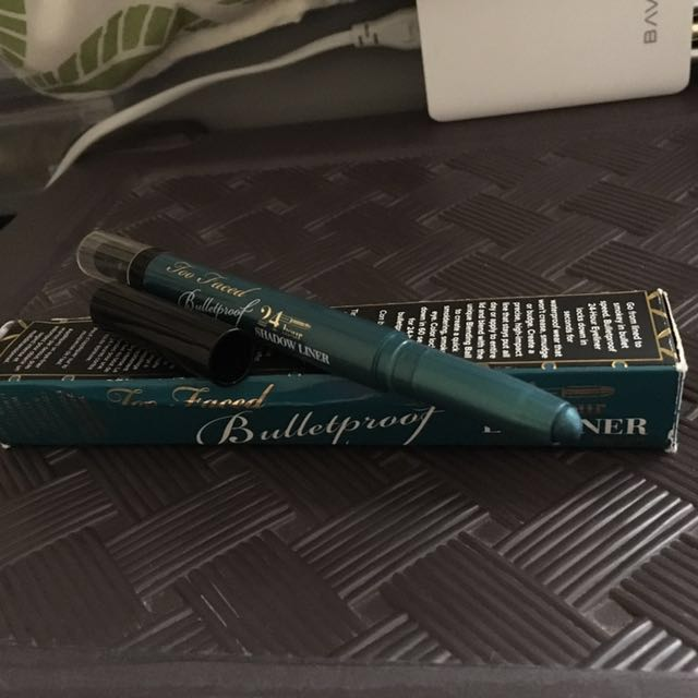 🍒Authentic✅ 24hour Too Faced Bulletproof Eye Liner