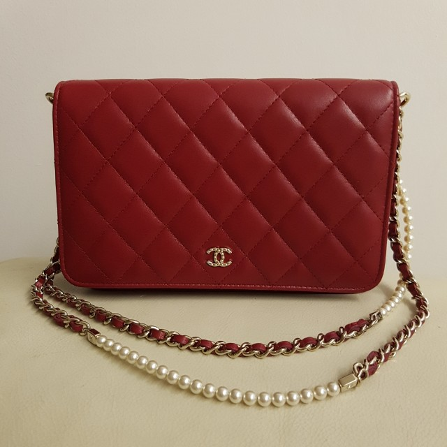 2875ec357be5 Authentic Almost Brand New Chanel Red Wallet On Chain with Pearl Chain  (Limited Edition), Luxury, Bags & Wallets on Carousell