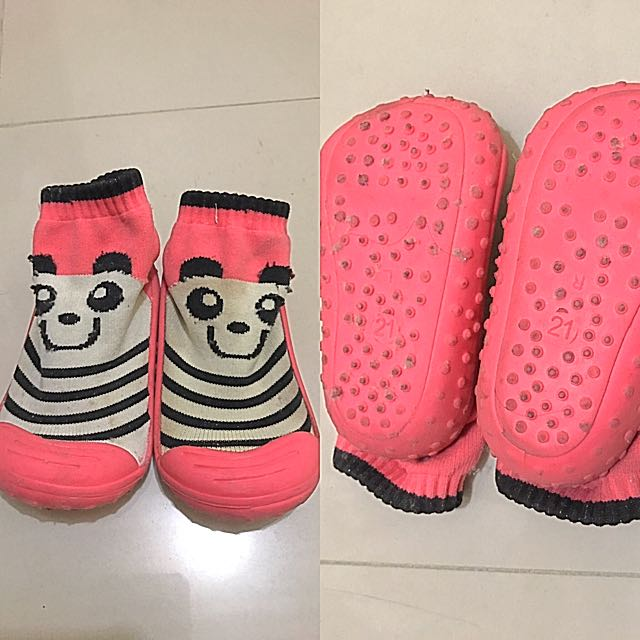 Baby's Walking Shoes