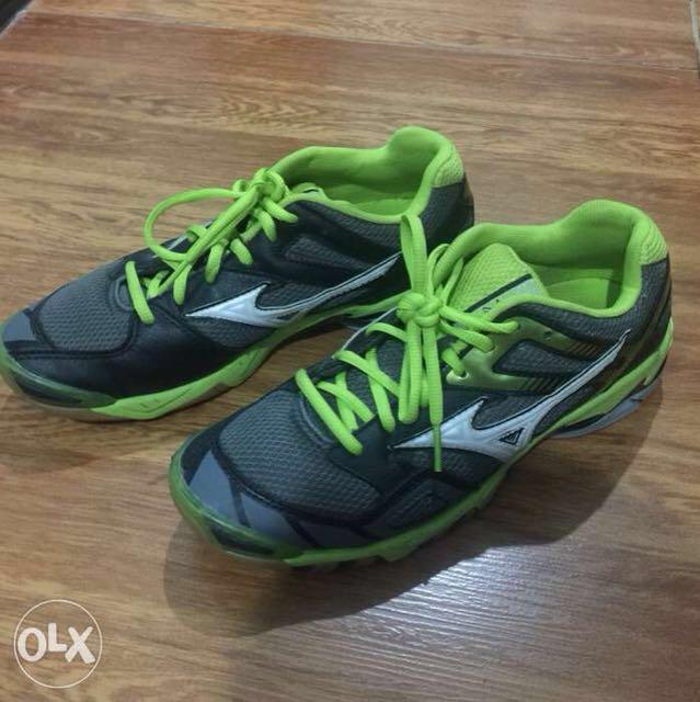 Badminton shoes US7.5