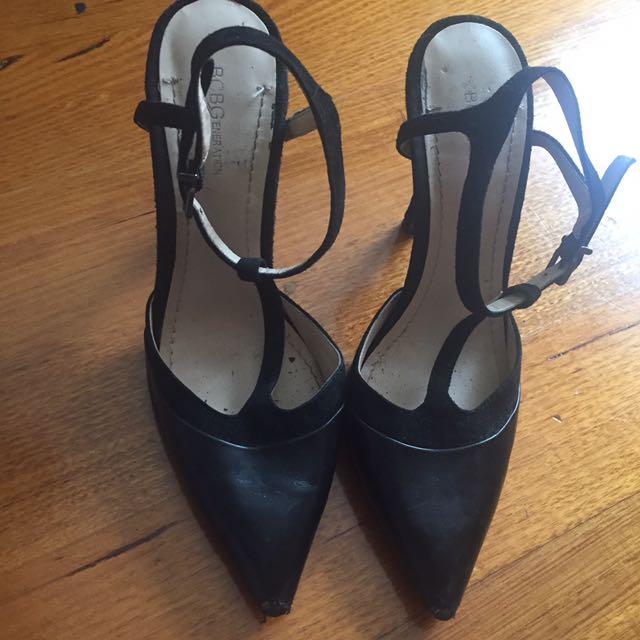 BCBG point heels size 37