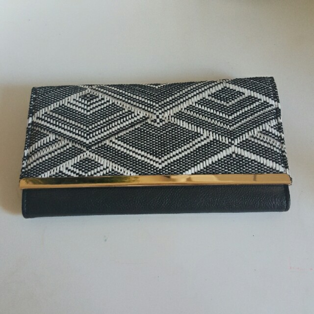Beaded formal wallet