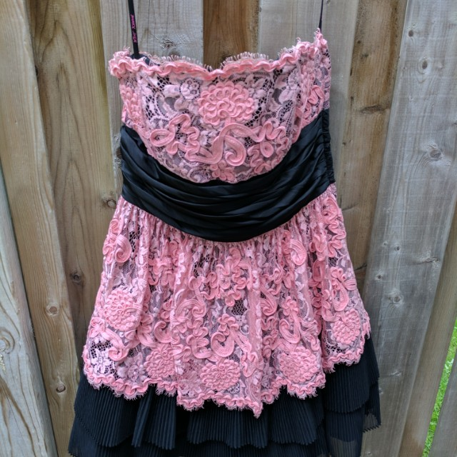 Betsey Johnson dress size 6 euc