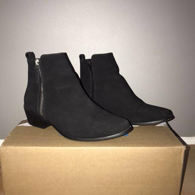 Black Felt Ankle Boots