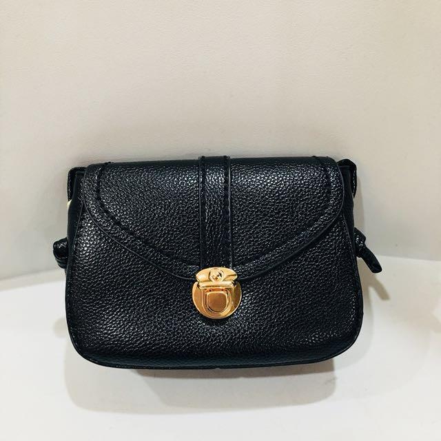 Brand New Cute Petite Crossbody Bag - Black, Green, Pink
