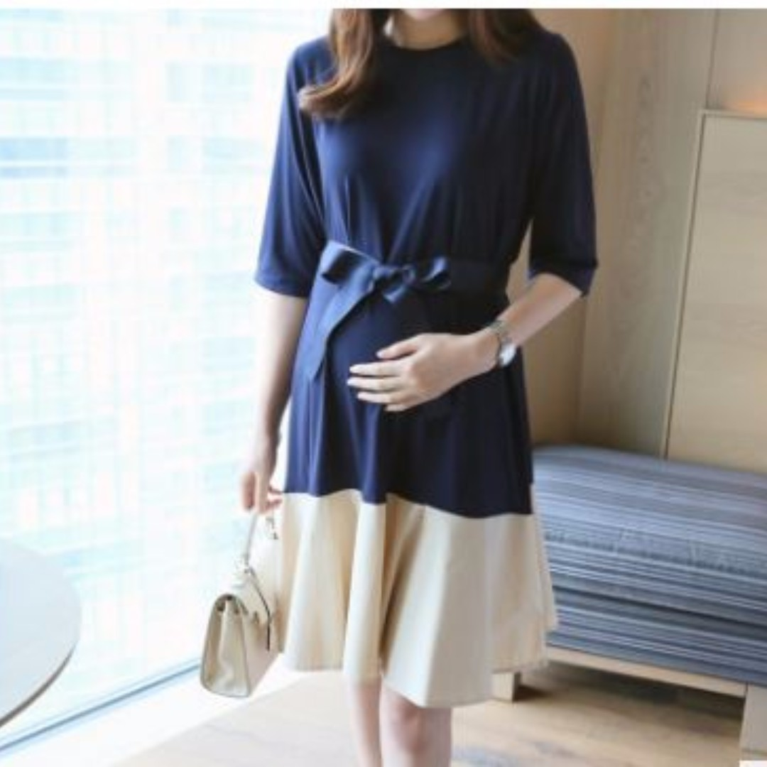 8668266bab0e1 Brand New Ready Stock Versatile Maternity and Nursing Dress for ...